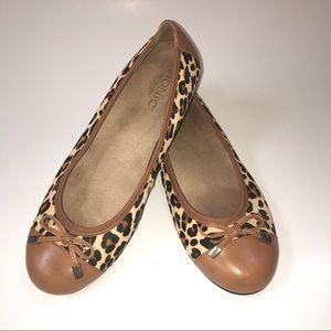 Vionic Tan Leopard Minna Calf Hair & Leather Flats
